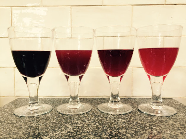 Various berry wines. Recipes in archive